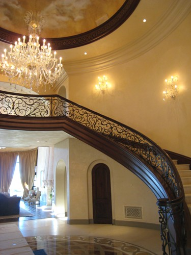 Foyer - Right Side