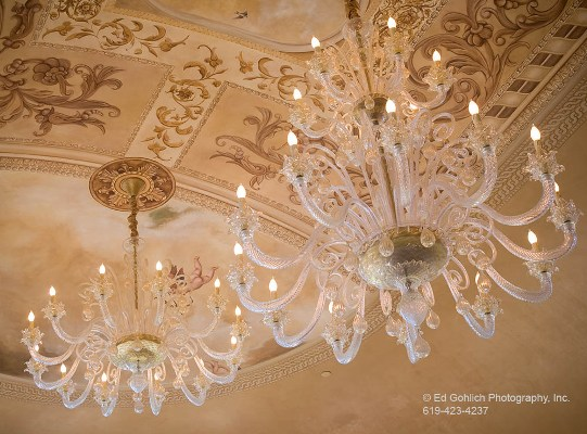 Family Room - Chandeliers
