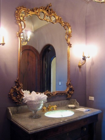 Powder Room - Traditional